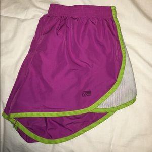 Active wear shorts
